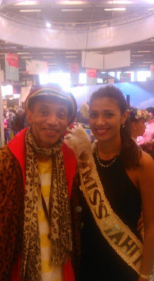 salon Sagasdom- avec Miss Tahiti
