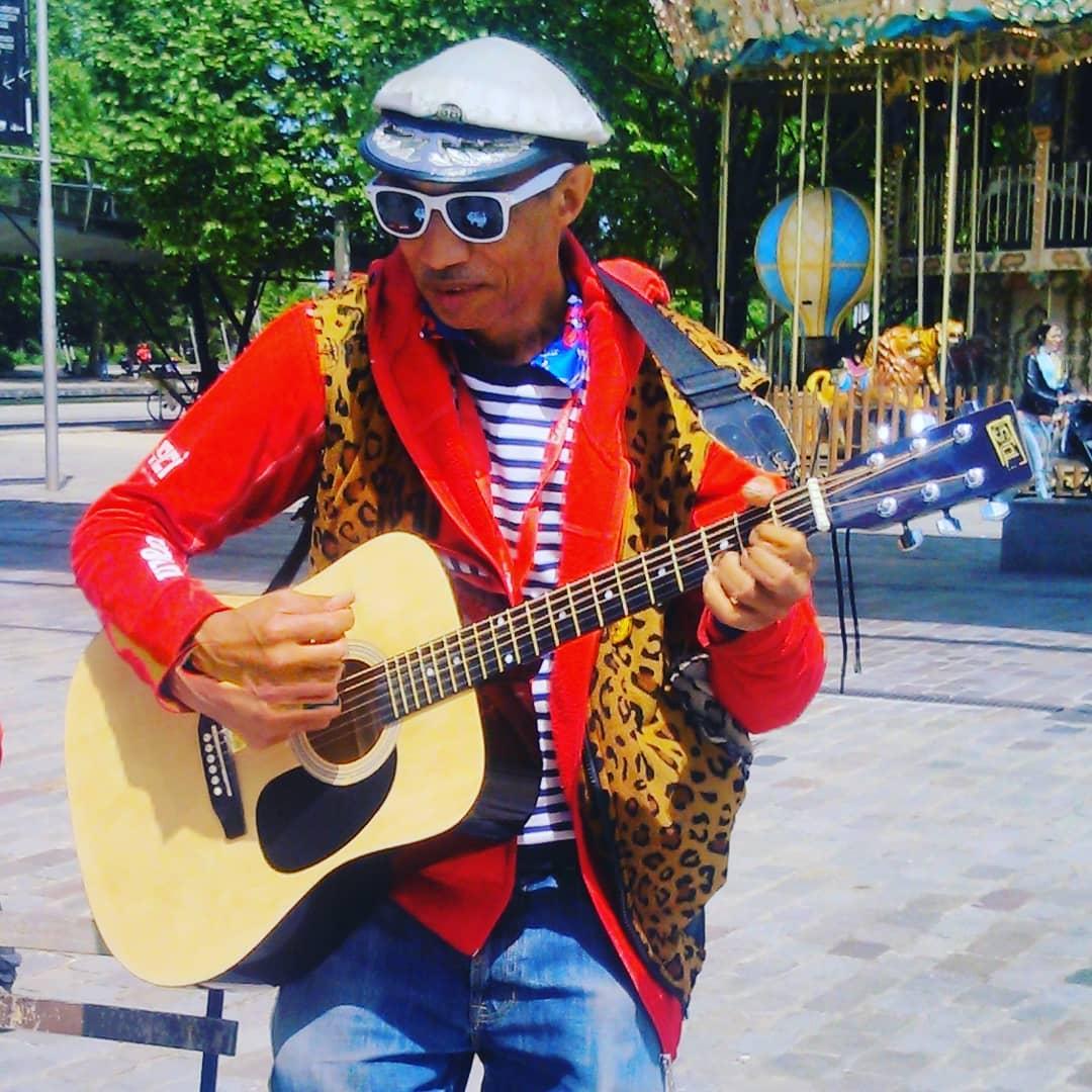 art talent tour - Paris la Villette - chansons contre l'esclavage