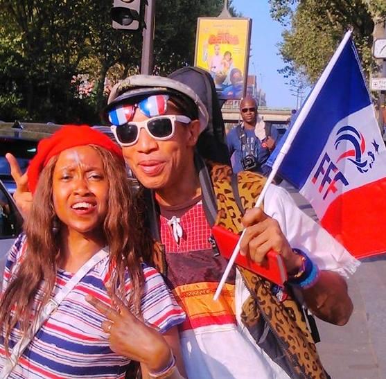coupe du Monde de foot-les bleux vctorieux . a La Villette